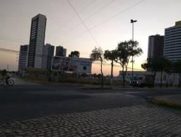 Aluga-se terreno urbano, localizado na avenida joao da escosia