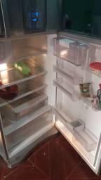 Vendo geladeira eletrolux infinity d 80x