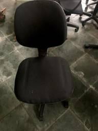 Cadeira modelo Diretor