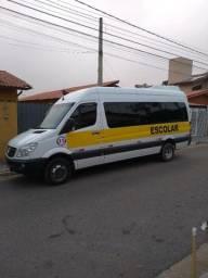 Van Sprinter escolar/ executiva 18/21 lugares