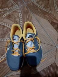 Nike original Tam 36-37 por apenas 40 reais