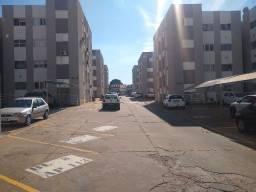 Apartamento de 2 quartos. Semi imobiliado. Térreo. Próximo do Shopping Norte sul
