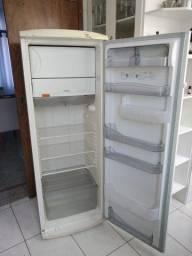 Geladeira / Refrigerador Consul 360 DeGelo Seco