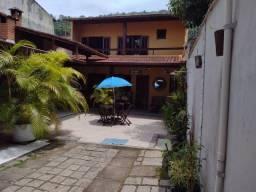 Aluga-se casa em frente a praia da Vila Histórica de Mambucaba.