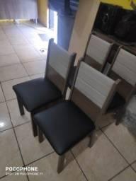 04 cadeiras copa usada