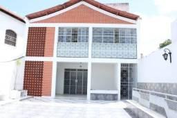 Excelente casa para Clínica ou Empresa