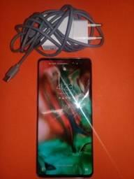 Samsung Galaxy S10 Plus quase novo