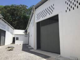 Galpão/Depósito/Armazém para aluguel possui 325 metros quadrados em Itapuã - Salvador - BA