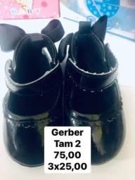 Sapatinho para menina tamanho 2 Gerber