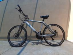 Vendo Bicicleta freio a disco