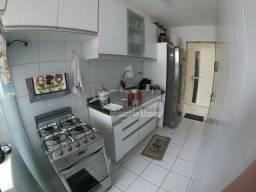 Título do anúncio: Apartamento com 3 dormitórios à venda, 82 m² por R$ 350.000,00 - Buraquinho - Lauro de Fre