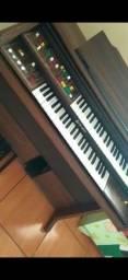 Vendo órgão Gambit