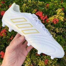 Chuteira campo Adidas Copa Kapitan FG