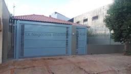 Casa à venda, 3 quartos, 1 suíte, 2 vagas, Jardim Jockey Club - Campo Grande/MS