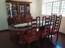Conjunto Mesa e Armário madeira mogno maciça