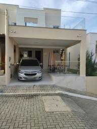 Venha Morar Bem Casa Reformada - Condomínio Fechado - Porcelanato no Residencial Vilares