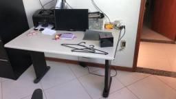 Mesa para computador 150 reais