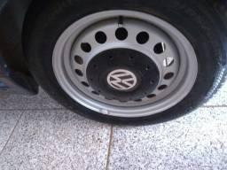 Rodas 14 4 furos os 4 pneus zeros troco por 17 perfil baixo