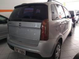15- Fiat Idea Attractive 1.4 Completa