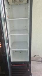 Recarga de gás em geladeira e freezer