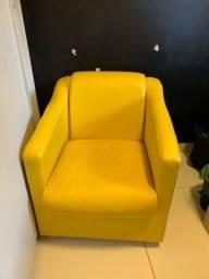 Poltrona amarela linda