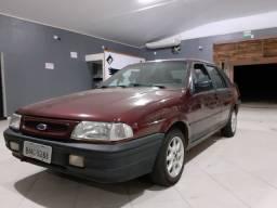 Ford Versailles 1.8 gl 4portas