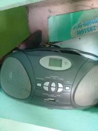 Vendo radio pega cd e usb 60 reais