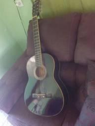 Violão marca Memphis de cor Preta