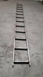 Escada 5.20mt ideal para galpão