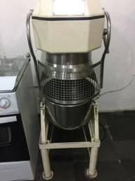 Batedeira Profissional 20kg/ voltagem 110