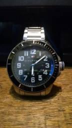 8468e134906 Relógio Tommy Hilfiger Masculino