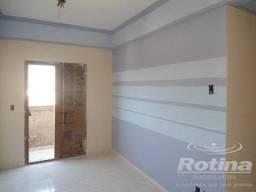 Apartamento à venda com 2 dormitórios em Presidente roosevelt, Uberlandia cod:83595