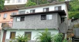 Casa em condomínio próximo ao Parque Cremerie