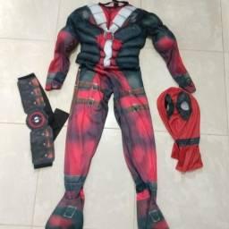Fantasias infantil Deadpool veste altura de 1,30 m