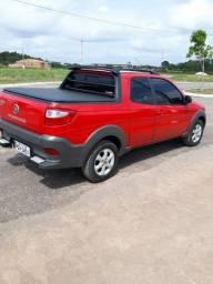 vendo está Fiat Strada, semi nova, tem apenas 18 mil km rodados, muito nova, ano 16/17  .
