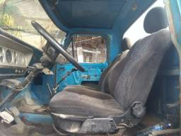 Ford F600 77 no chassi