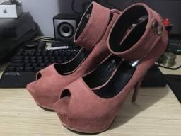 Sapato Salto Alto rosa fúcsia número 37