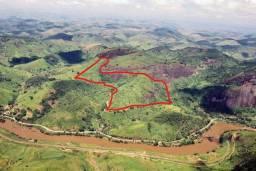 Vende-se sitio em Mont Serrat( Paraibuna), distrito de Levy Gasparian/RJ