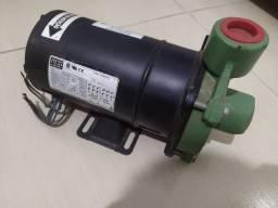 Bomba Centrífuga 0,5 cv Scheneider