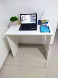 Escrivaninha - mesa de escritório