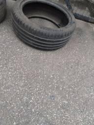 Vendo pneu bom