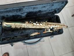 Saxofone Suzuki