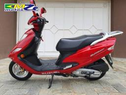 Suzuki Burgman I 125 2015 Vermelha com 5.000 km