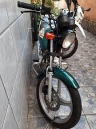 Vendo titan 125ks 2001