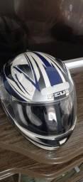 Vendo capacete Zeus 125,00