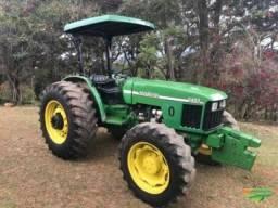 Trator john Deere 5403 ano 2003 4x4 75 cv