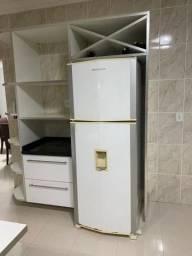 Armário + Geladeira Só R$ 900,00 - Em Vilhena
