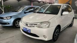 Título do anúncio: Toyota Etios 1.3 flex 2013   ( super novo )