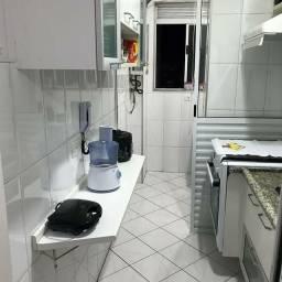 'Apartamento Costa Azul com 2 Quartos e 2 banheiros à Venda, 57 m² por R$ 270.000<br><br>