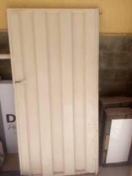 Portão de entrada  tamanho 1,47x0,72 - Chapa grossa